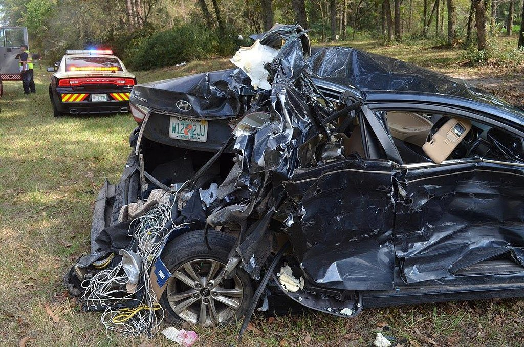 Miracle-Car-Accident-Shows-Importance-Car-Seats_1.jpg