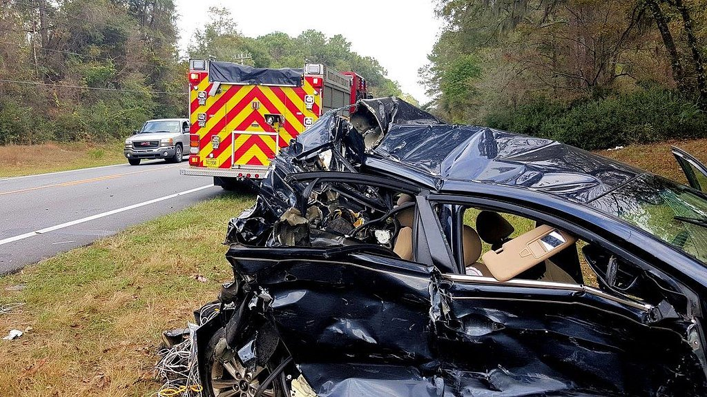 Miracle-Car-Accident-Shows-Importance-Car-Seats_2.jpg