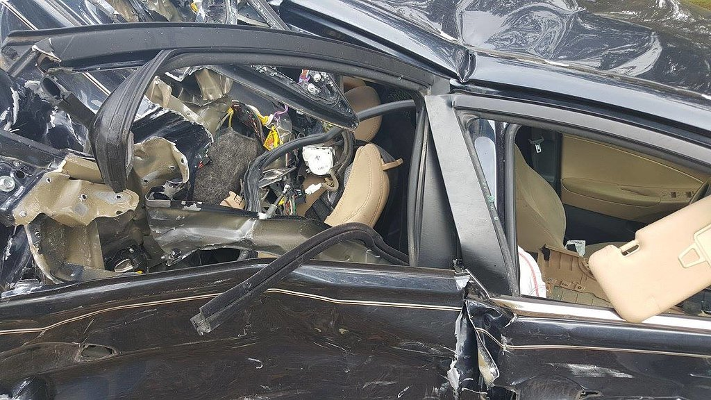 top-one-car-seat-barely-visible-post-impact.jpg